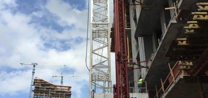 Construction lift in Miami, FL The Bond